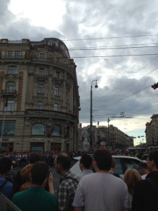 Thousands of protesters block off Tverskaya (across from Red Square)